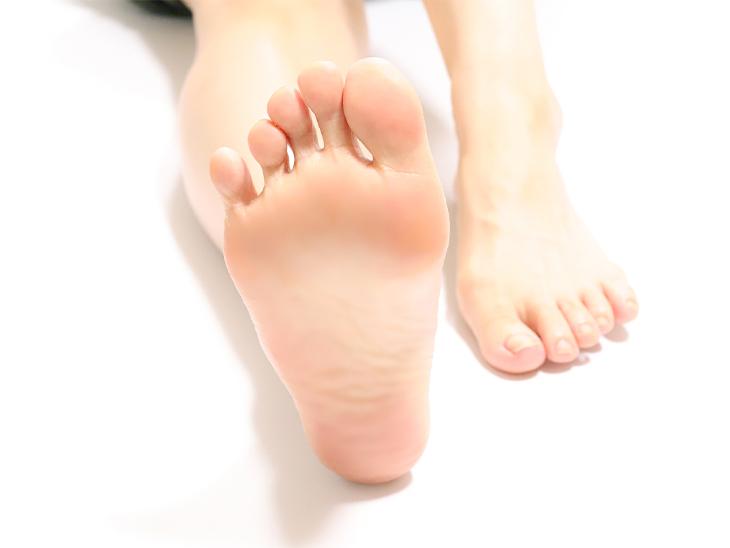 足の裏の痛みについて