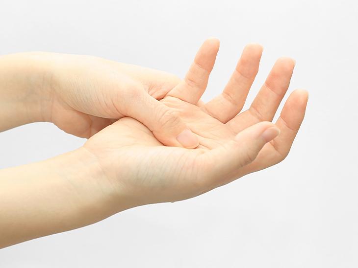 手・足のしびれについて