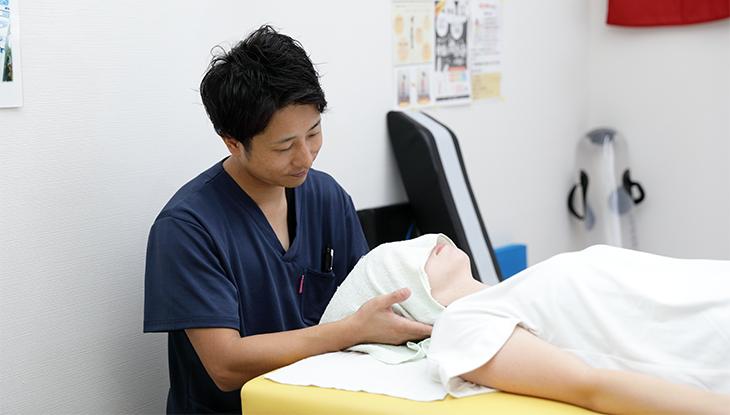 「おかもと弓削整骨院,」「首の痛み,」「熊本市北区,」「整骨院,」「交通事故,」「骨盤矯正,」「腰痛,」「肩こり,」